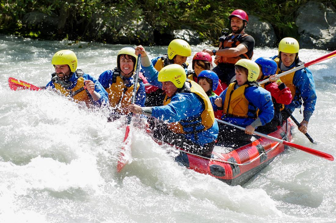 rafting-sudtirol-avventure-tutta-famiglia-alto-adige