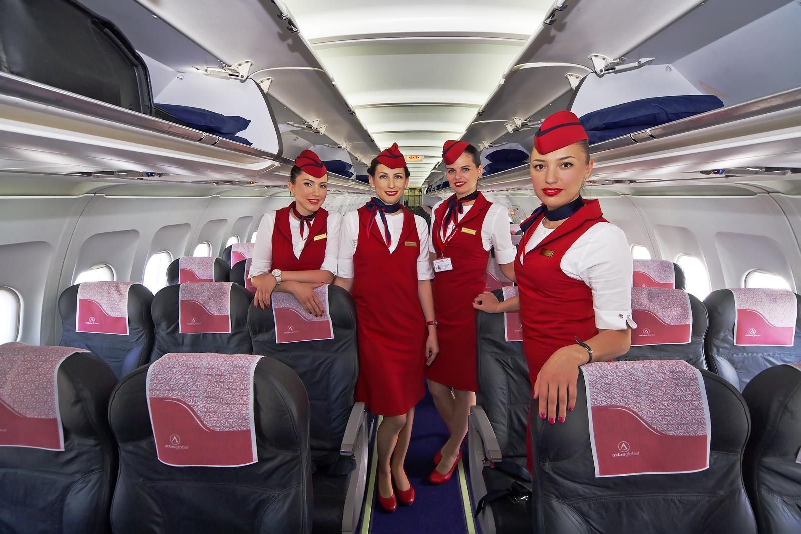 come-diventare-assistente-di-volo-requisiti