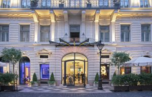 aria hotel1