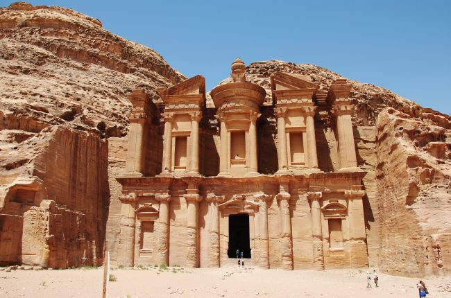 petra-giordania-lantica-citta-degli-edomiti-questo-e-il-tempio-di-el-khasneh