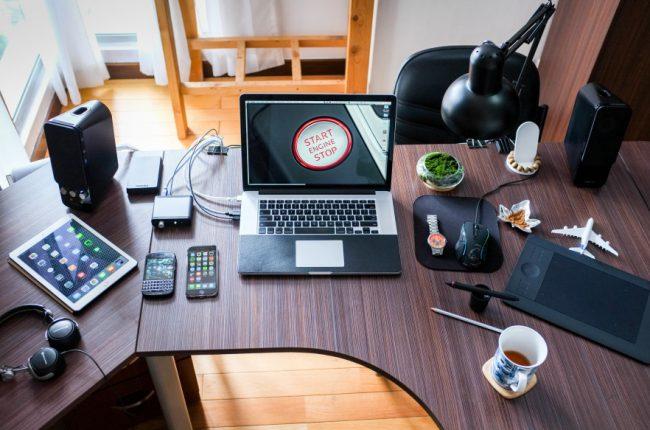 trasforma-clienti-dipendenti-promoter-del-brand-gadget-aziendali-personalizzati